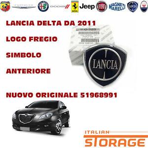 LANCIA DELTA DA 2011 LOGO FREGIO SIMBOLO ANTERIORE NUOVO ORIGINALE 51968991
