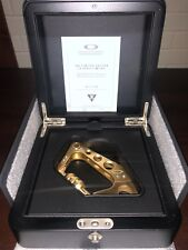 Oakley Carabiner Limited