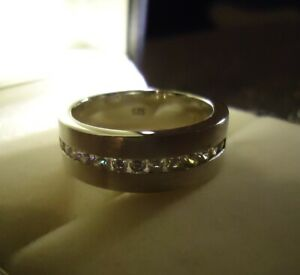 Wertig aussehender Diamonique Ring Bandring 925 Silber mattiert - Zirkonia