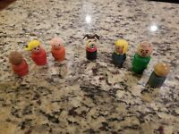 Vintage Fisher Price Little People, Wooden 5 BOYS, 1 GIRL, 1 DOG LOT OF 7
