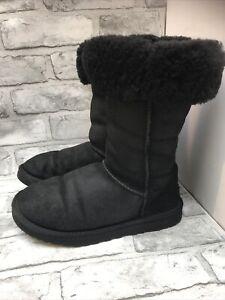 UGG TALL BLACK SHEEPSKIN LADIES BOOTS SIZE 5.5 UK 38.5 EUR