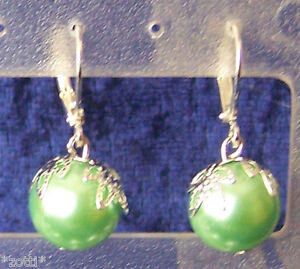 Pair Earrings Closed Brisur Color Silver 0 15/32in Pearl With Crown