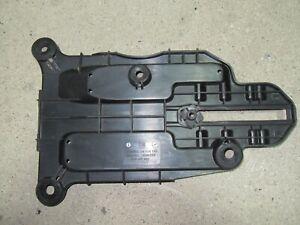 Opel Corsa C Batteriehalter Batterieträger 09114140