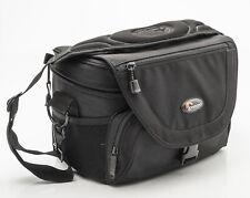 Lowepro Nova 4 AW Kameratasche Fototasche Schultertasche schwarz black universal