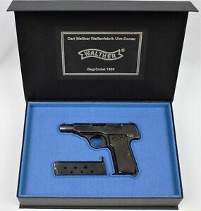 PISTOL GUN PRESENTATION CUSTOM DISPLAY CASE BOX for WALTHER MODEL 4  ppk p38 pp