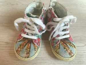 100% AUTHENTIC Dolce&Gabbana baby high sneakers size EUR 25 (US 9)