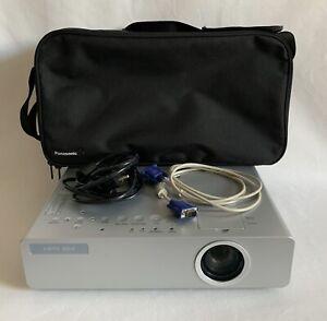 (K75) VIDEO PROJECTEUR LCD PANASONIC PT-LB75 XGA