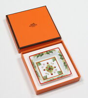* HERMES * Paris Authentic Holly Leaves Porcelain Made in France Ashtray in Box