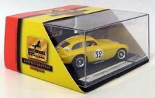 Véhicules miniatures jaunes en édition limitée pour Ferrari