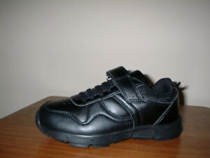 MARKS & SPENCER BLACK LIGHT AS AIR MACHINE WASHABLE SCHOOL SHOE TRAINERS 11/29
