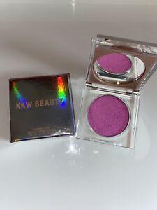 KKW Beauty Flashing Lights Flashy - Pressed Powder Makeup