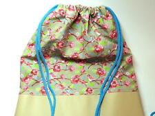 Geblümte Damentaschen aus Kunstleder mit Ziehschleife