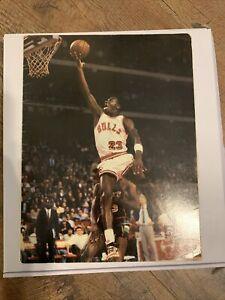 1985-86 McDonald's Michael Jordan Paper Folder, Chicago Bulls Schedule.Vary Rare