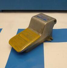 Festo Fußpedal Fußschalter Fußventil Typ 8984 F-3-1/4 B  (Rechn. inkl. MwSt.)