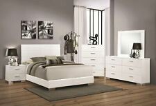 Contemporary Glossy White Bedroom Furniture - 5pcs Queen Platform Bed Set IA92
