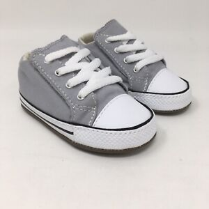 Converse Baby's Chuck Taylor All Star Cribster Sneaker, Gray/White, 4 Infant