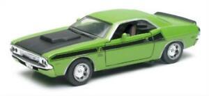 Dodge 1/32 1970 Challenger Diecast Model Kit