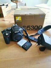 Boitier Nikon d5300 nu  shuttercount 62646 déclenchements DSLR