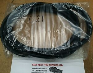 Bmw e21 320 rear screen rubber. NEW PRODUCT