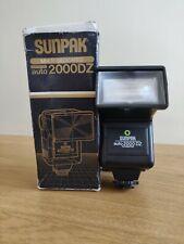 Sunpak SLR Camera Flash, Auto 2000DZ, Multi Dedicated Thryistor