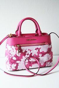 Michael Kors Bag / Bag Hailee XS Satchel Color: Granita Flowers