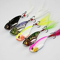 2pcs Color Random Spoon Spinner Fishing Lures Crank Bait Feather Treble Hook