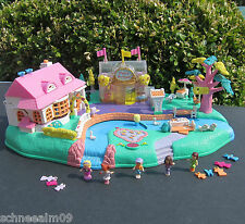 Mini Polly Pocket Boutique Magical Movin' Pollyville 100% Komplett Haus
