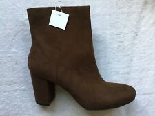 NIB CHRISTIAN SIRIANO GORGEOUS BROWN FAUX SUEDE ZIP BOOTS WITH HEELS SIZE 11