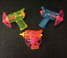 MINI filatura del disco Tiratore PLASTIC TOY GUN BLASTER PISTOLA LANCIATORE DI VOLO Confezione da 3