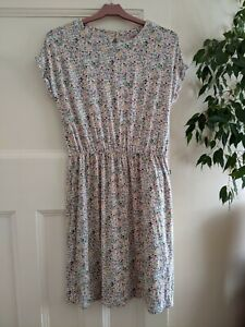 Cath Kidston Bunny Rabbit Dress Size 8 in used beautiful condition