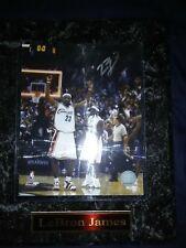 LeBron James Cleveland Cavaliers autograph photo - Same Day Ship!
