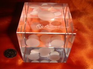 Singapore, RESORTS WORLD SENTOSA, Crystal Glass Cube as Paper Weight, Nice!