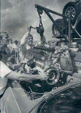 1971 Press Photo H Kwech Lowers Engine Into Alpha Romeo GTV Race Car Grand Prix