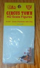IHC / Circus Town #15-207 Clown Prankster with Dog  (HO Scale)
