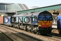 UK DIESEL TRAIN RAILWAY PHOTOGRAPH OF CLASS 66 66418 LOCO. RM66-563