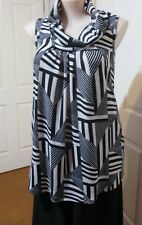 CAROLINE MORGAN WHITE AND BLACK POLO NECKED SLEEVELESS KNITTED TOP SIZED 16
