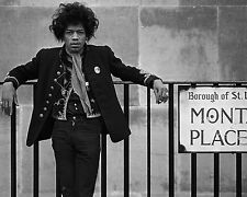 "Jimi Hendrix 10"" x 8"" Photograph no 1"