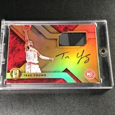 TRAE YOUNG 2018 PANINI CHRONICLES GOLD STANDARD AUTO PATCH ROOKIE RC HAWKS NBA