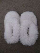 Alpaca Slippers, Girls Size 4, Run Small