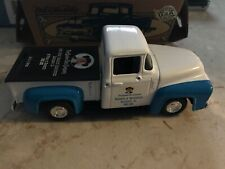ERTL 1956 FORD PICKUP DIE-CAST MADE IN USA QUAKER OATS ADVERTISING 1/25