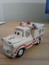 Tomica Disney Pixar Cars C-32 Ivan-Mater Ambulance Maßstab 1:64