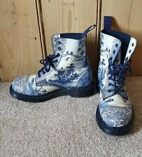 Rare Dr Martens Willow China Plate Pascal 1460 Boots UK size 4 hardly worn.