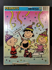 Vintage 1960 - FRAME TRAY PUZZLE -PEANUTS GANG  THE RAINBOW WORKS USA 4688A