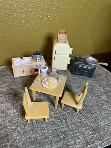 Calico critters/sylvanian families Kitchen Furniture With Accessories LOT