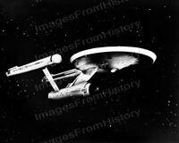 8x10 Print William Shatner U.S.S. Enterprise Star Trek 1968 #550110