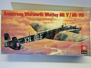 ZTS Plastyk 1:72 Scale Armstrong Whitworth Whitley Mk V / Mk Vll Model Kit Rare