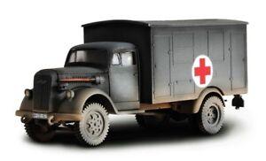 Forces of Valor 80073 German 4x4 Ambulance MIB Retired