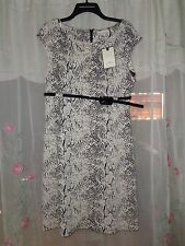 women's Dana Buchman dress size 8