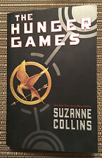The Hunger Games by Suzanne Collins - Paperback Book