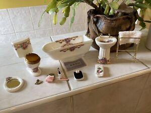 Dolls House Bathroom Set sink Bath,ToIlet,Plus Towel Rail Accessories Lot 1.12